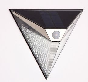 China Wireless Outdoor Solar Led Wall Light Triangle Shape With 3 Side Illumination supplier