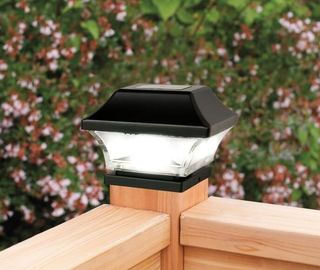 China Imperial Solar Deck Post Cap Lights / 3500K - 5500K Solar Pillar Lights supplier