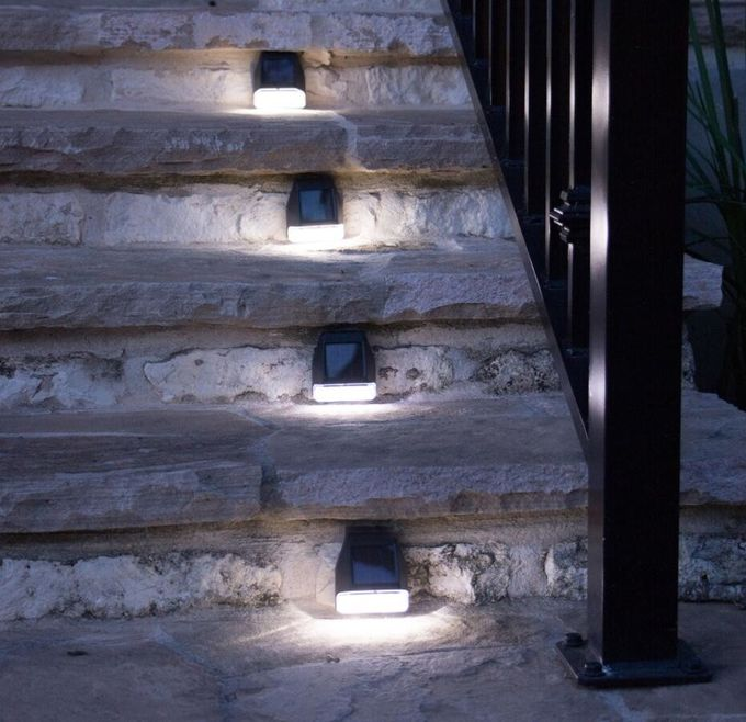 High Lumen Solar LED Fence Lights , Plastic Solar Deck Post Cap Lights