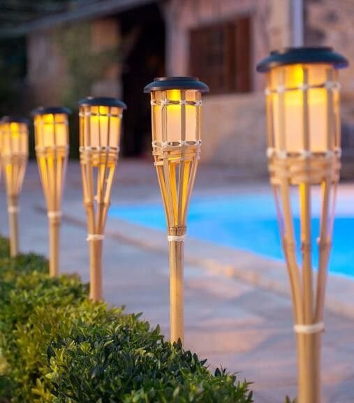 Lighting Flickering Outdoor Solar Torch Lights Waterproof With Bamboo Finish