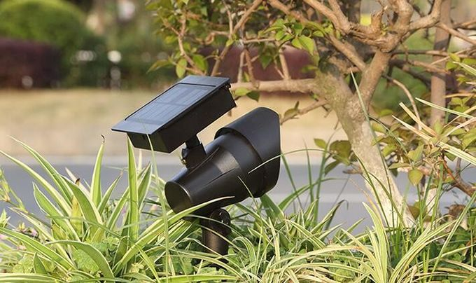 Outdoor Integrated Solar LED Spotlight Warm White 3000K CCT Energy Efficiency